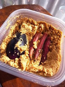 090826rice-bran-pickles.jpg