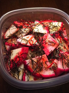 091124pickled-red-turnip.jpg