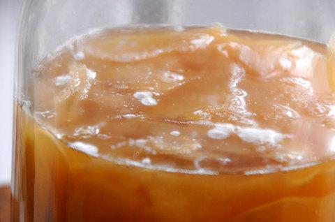 110904ginger-honey-lemon2.jpg