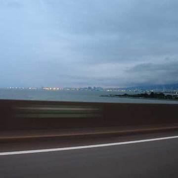 街の灯・・・そこは神戸