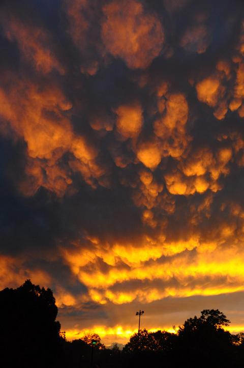 すごい夕焼け雲